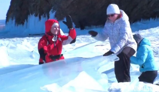 Ice Drummers