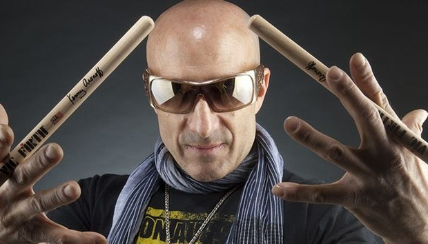 Kenny Aronoff Switches To Evans Drumheads
