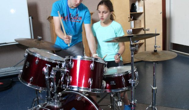 New Drum Tutor To Teach Drummers In Gloucestershire.